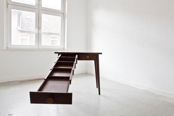 Susann Dietrich: Archivsystem Nr. 2 (Tisch), 2010/2012 © Susann Dietrich