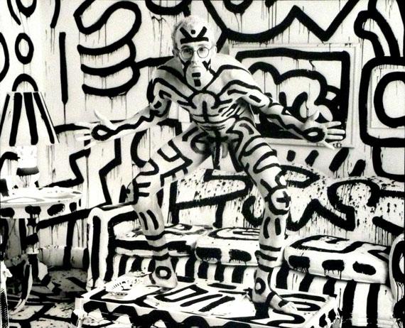 Annie LeibovitzKeith Haring, New York, 1986 Platinum print18.5 x 23 in. Ed. 27/30Est. US$25,000-35,000