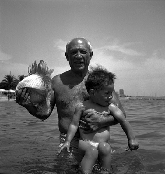 Lee Miller: Picasso and Claude, 1949 © Lee Miller Archives, England 2013. All rights reserved.