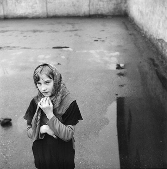 A Girl with Showl, Vilnius 1971 © Antanas Sutkus