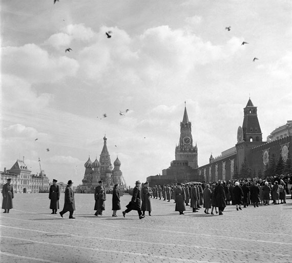 Erwin Volkov: Moscow Awaiting Yuri Gagarin April 14, 1961