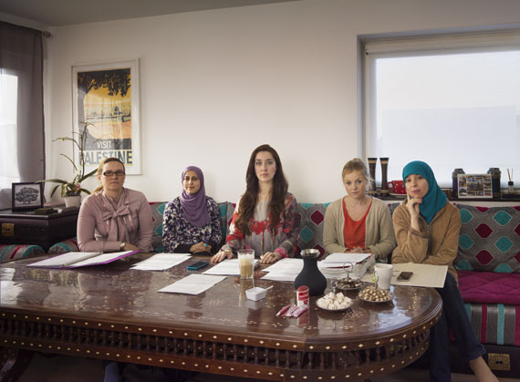 Moslim women's organisation Al NisaDen Haag 2013© Taco Anema
