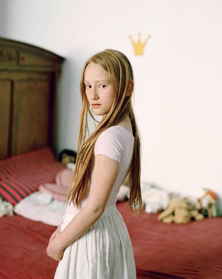 "Janina Wick: Elena B. aus der Serie ""Drei Annen"" 2012, 60 x 70 cm, lightjet-Prints"