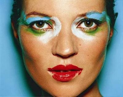 Kate Moss, 2001 Lightjet Digital C-Print, 129,5 x 162,6 cm© Mario Testino