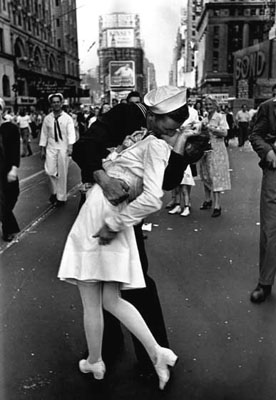 VJ Day in Times Square, New York, NY, 1945 by Alfred Eisenstaedt © Time Inc.