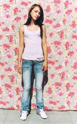 Nicole, 16 Jahre, Kroatien 40 x 50 cm, aus der Serie: Wurzeln 2 © Irina Ruppert
