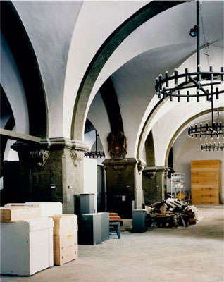 STATUS #22, 2005, C-Print / Diasec, 160 x 128,5 cm © Erik Niedling / VG Bild Kunst, Bonn