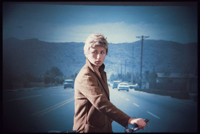 Untitled #66, 1980, Farbfoto, Auflage 5, 40,6 x 61 cm Privatsammlung, © Cindy Sherman