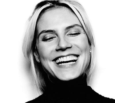 Heidi Klum träumt in der ZEIT Nr. 49/04. Fotografiert von Ralph Mecke