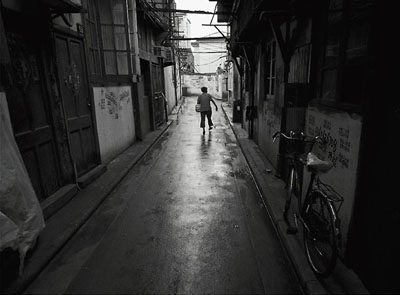 "Howard French: ""Disappearing Shanghai"", Archival Pigment Print., © m97 & the artist. Courtesy of m97 Gallery"