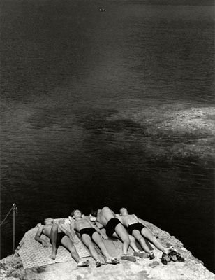 ITALY, Portofino 1936, Dreaming in the Sun© Herbert List / Magnum Photos / Contrasto