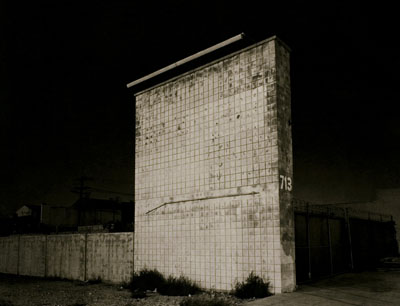 713 n. victory blvd., 2008, platinum palladium print16 x 20 inches, edition of 1021 x 26 inches, edition of 5