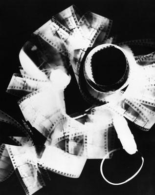 Man Ray, Rayographie, 1923, 1958/59, Gelatinesilber, Die Photographische Sammlung/SK Stiftung Kultur, Köln/Sammlung der Deutschen Gesellschaft für Photographie, © Man Ray Trust, Paris / VG Bild-Kunst, Bonn 2008