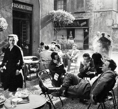 Ugo Mulas, Bar Giamaica, Milán, 1953-54, Courtesy: Archivo Ugo Mulas
