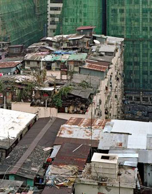 Portrait from Above - Hong Kong's Informal Rooftop Communities