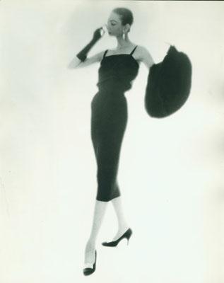 Lillian Bassman: Ohne Titel, undatiert. Silbergelatine, 35,2 x 27,7 cm. © Lillian Bassman