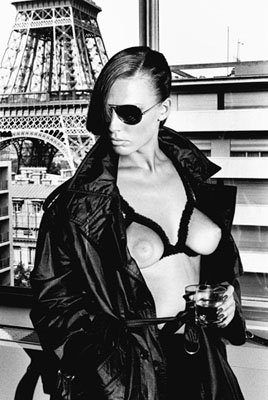 gunilla bergstrom, paris 1976, © helmut newton estate, Helmut Newton: Sumo, Helmut-Newton-Stiftung, bis 16. Mai 2010