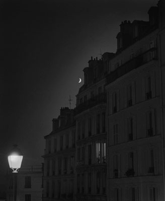 © Moonrise over Montmartre, Paris 2002, Jason Langer