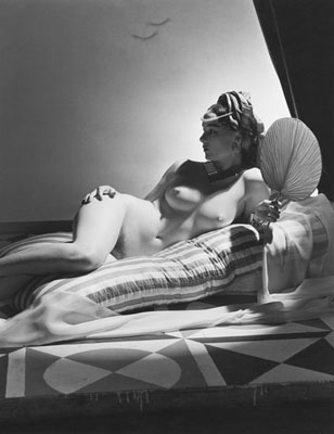 © Horst P. Horst, Odalisque New York, 1943 © Horst Estate Miami