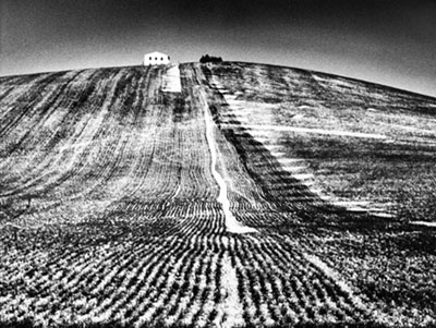 Metamorphosis of the land, 1980's © Rita Giacomelli, Archivio Mario Giacomelli -Sassoferrato