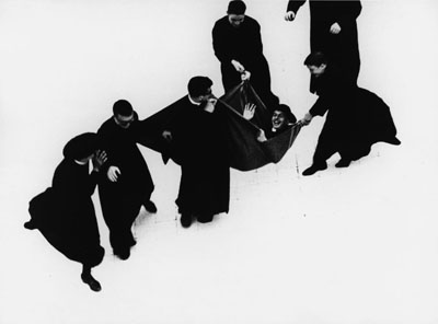 Mario Giacomelli, Priesterserie 1961-1963© Simone Giacomelli
