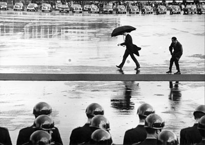 1965, Bonn, Germany/international visitors are expected at the airport © Leonard Freed/Magnum Photos/Courtesy °CLAIR Gallery