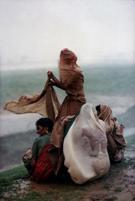 Raghubir Singh, Monsoon Rain, 1986© Succession Raghubir Singh