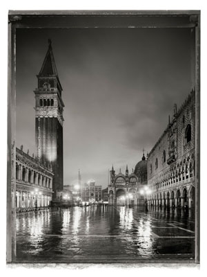 Christopher ThomasPiazzetta San Marco I, 2010Pigment Print on Arches Cold Pressed Rag PaperEdition of 25 plus 3 AP´s , 56 x 76 cmEdition of 7 plus 2 AP´s, 103 x 135 cm © CHRISTOPHER THOMAS / Courtesy Bernheimer Fine Art
