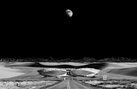 spaceport, 2012, 202 x 137 cm und 102 x 67 cm, edition of 6