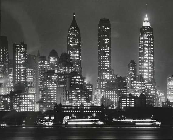 Andreas Feininger: New York City, 1940Silbergelatine-AbzugWhitney Museum of American Art, New York;gift of the Feininger Family© Andreas Feininger Archive c/o Zeppelin Museum Friedrichshafen