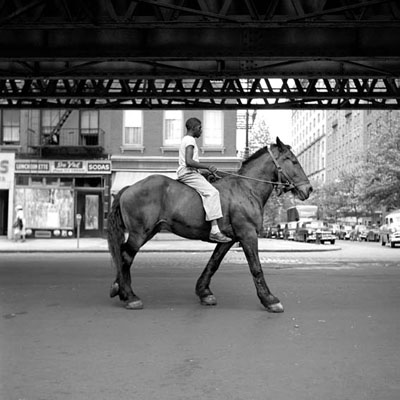 Vivian MaierNew York, NY 1/15, August 11, 1954Silbergelatine Print30,5 × 30,5 cm