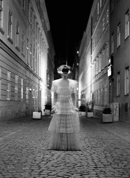 Roberta Lima: Three Stages of Consciousness – Self-Portrait / First Stage, Vienna 2012Silbergelatineprint, 160 x 120 cm© Roberta Lima