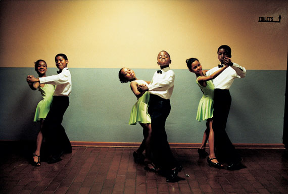 One two three and ... The Ennerdale Academy of Dance, Ennerdale, south of Johannesburg, 1997 © Jodi Bieber