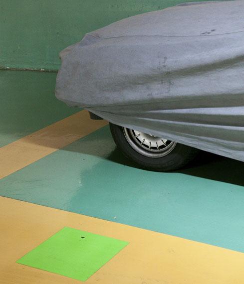 untitled, Alphabet, Les Halles 1979- 2011 series, C-print, 25 x 21 cm, 2/3, 2011, sans titre, série Alphabet, Les Halles 1979-2011, c-print, 25 x 21 cm, 2011, ed. 3 ex. , © Ezio D'Agostino - Courtesy galerie LWS