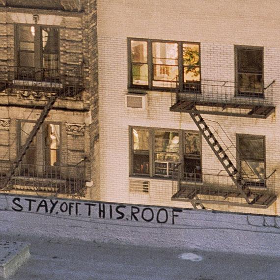 "Wolfgang Reichmann, ""NY B-08 Crop 16"" stay.off.this.roof, New York, 2012aus der Serie: NYC CropsPigmentbasierter Tintenstrahldruck, 40 x 40 cm"