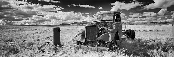 Helmut Hirler: Cowgill, Route 66, Arizona - USA