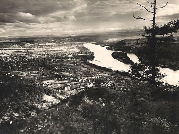 August SanderBlick vom Drachenfels auf Königswinter und Nonnenwerth, 1936Vintage Gelatin Silver Print21.2 x 28.3 cmBlindstamped on recto / Stamped on verso
