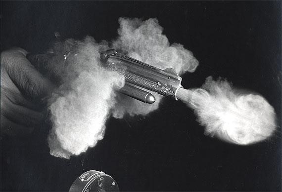 Harold EdgertonAntique Gun Firing, 1936Gelatin silver print36 x 46.8 cm© Harold Edgerton, 2013, courtesy of Palm Press, Inc.