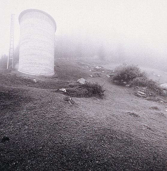 Hans Danuser: Caplutta Sogn Benedetg Sumvitg, 1988, 50 x 40 cm © Hans Danuser