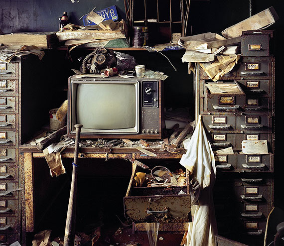 Evidence Room, Highland Park Police Station, 2006  © Yves Marchand & Romain Meffre, Courtesy Galerie Edwynn Houk