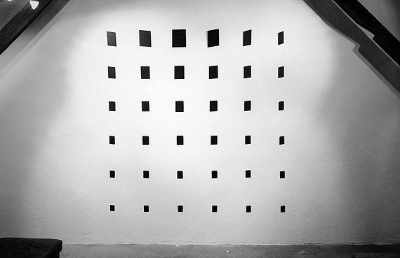 """Kurt Laurenz Theinert: """"Lehmden 1994/1"""", 1994, 36-teilig, Größe variabel"""
