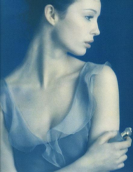 © Sheila Rock Parfume, 1997 / Courtesy Johanna Breede PHOTOKUNST