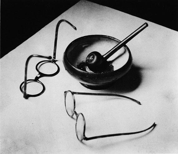 Mondrian's Glasses and Pipe, 1926 © Estate of André Kertész