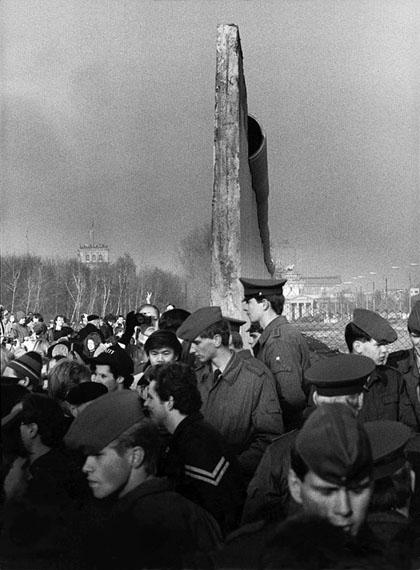Regina Schmeken: Berlin, Potsdamer Platz, 12.11.1989