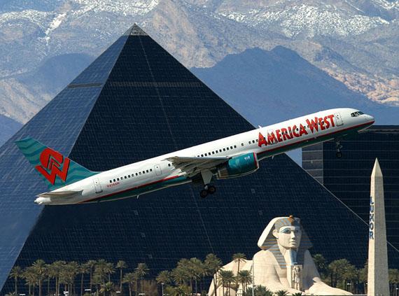 Enter the Pyramid © Airplane collection Markus Schaden 2011 © Olivier Cablat