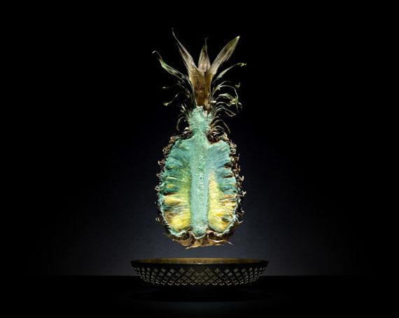 Klaus Pichler: Pineapple, 2011 ed. 5+II/5+II 60x75, 90 x 105 cm