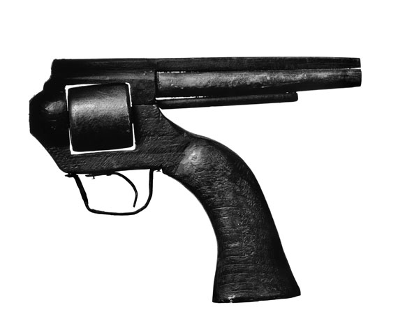 Albert Watson: 1940s Prisoner's Hand-Carved Wooden Gun, New York City, 1998 © Albert Watson