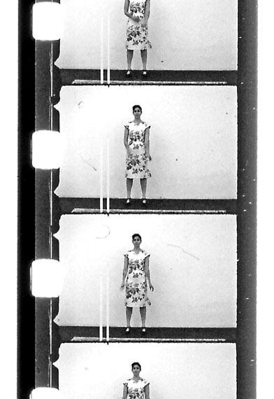 Eine Geste wird belichtet, Teil 2, 2011, SW-Film, 16 mm, 3 Min. © Anja Manfredi