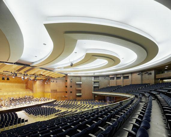 Manfred Hamm: Stuttgart, Neue Liederhalle, Beethoven Saal, 2012, Farbfotografie, Unikat, 106 x 128 cm