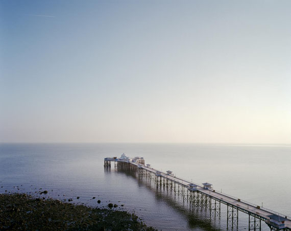 "Simon Roberts ""Llundudno Pier"", 2011"